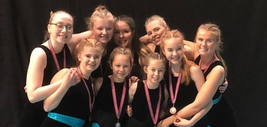 Ni gymnaster fra Honningsvåg i Oslo