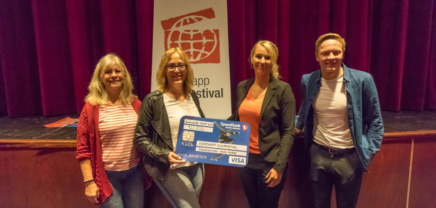 Jubel i Nordkapp Filmfestival. 425 000 kroner til transportabelt kinoframvisningsutstyr