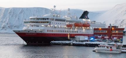Havila og Hurtigruten får kontrakter på kystruten Bergen-Kirkenes