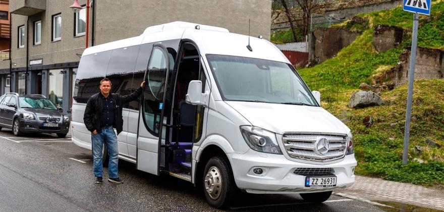 Har kjøpt ny buss