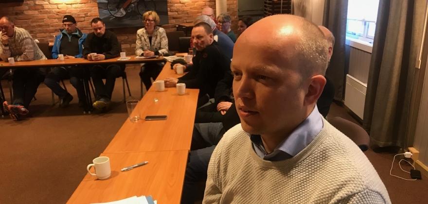 Slagsvold Vedum med spørsmål til justisministeren om hendelser i Mehamn