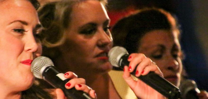Kjøllefjord storband med Andrews Sisters