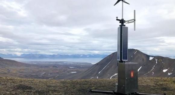 Styrker sjøtrafikkovervåking på Svalbard med nye AIS-basestasjoner
