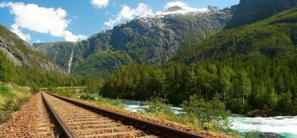 Utreder konkrete traséer for Nord Norge-banen