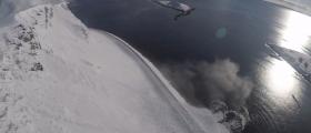 Utløste skred ved E69 på Sarnes -  se videoen