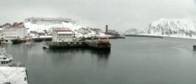 Video av mye vær og vind i Honningsvåg