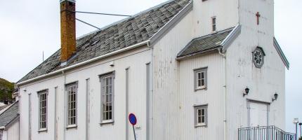 Spleiselag for maling av Honningsvåg kirke