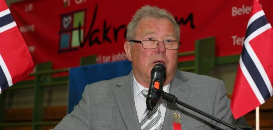 Lars Simonsen gjenvalgt som leder i HT & IF