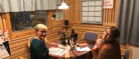 Linda Hansen og Bjørg Olsen gleder seg masse til radiosending