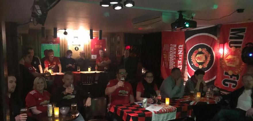 God stemning under fotballkamp i Honningsvåg