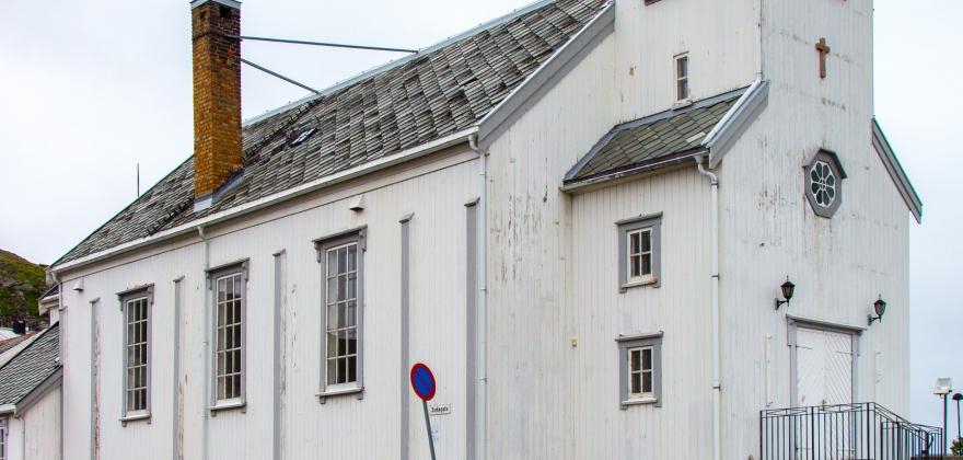 Arbeidet med Honningsvåg kirke pågår