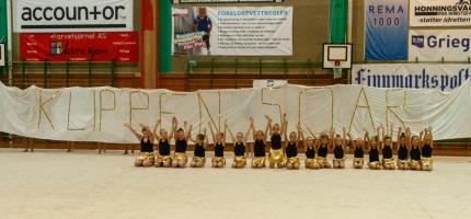 Et flott mesterskap i Honningsvåg – se bildene fra idrettshallen