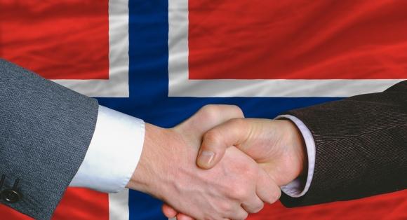 Historisk samarbeidsavtale mellom Finnmark og Lappland