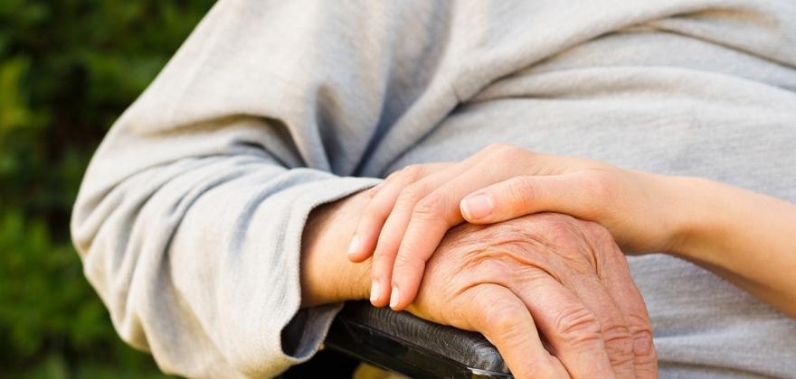 Flere mottar helse- og omsorgstjenester hjemme