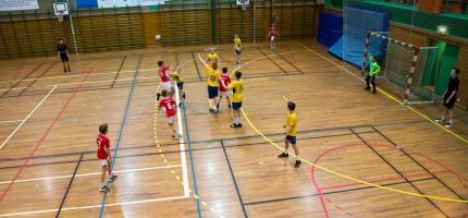 12 håndballkamper i Honningsvåg i helgen
