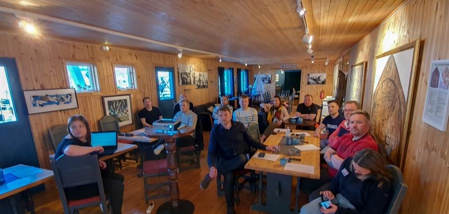 Nordkapp Høyre kjøpte trinn i Nordkapptrappa