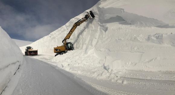Mye snø i revva