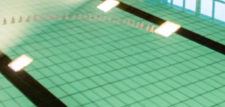 Har åpnet svømmebassenget i Lakselv