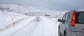 Bilister hindrer snørydding