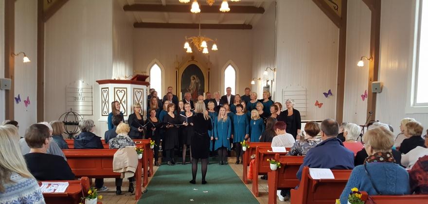 Allehelgenskonsert i kirken på søndag