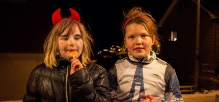 Halloween-fest i Honningsv�g