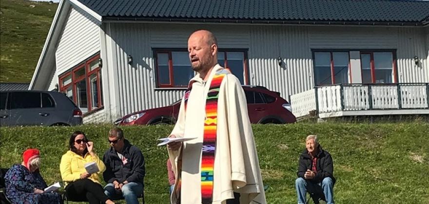 Åpnet festivalen med friluftsgudstjeneste