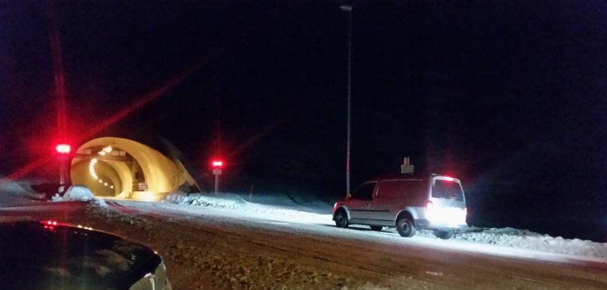 Ulykke i Nordkapptunnelen og passasjeren brakt til sykehus