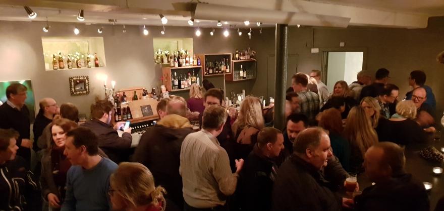 Åpnet pub i Sjøgata