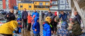21 barn deltok i fiskekonkurranse - se bildene