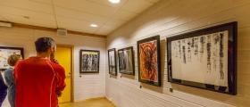 Tirsdag kveld åpnet Erica Haugli Kunstutstillingen «The Unknown»