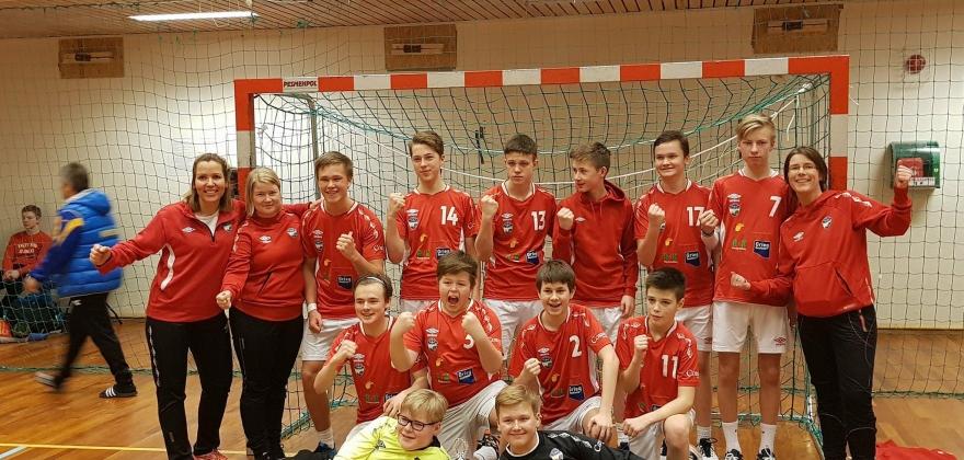 Turns gutter 14 fikk sølv i Altaturneringen