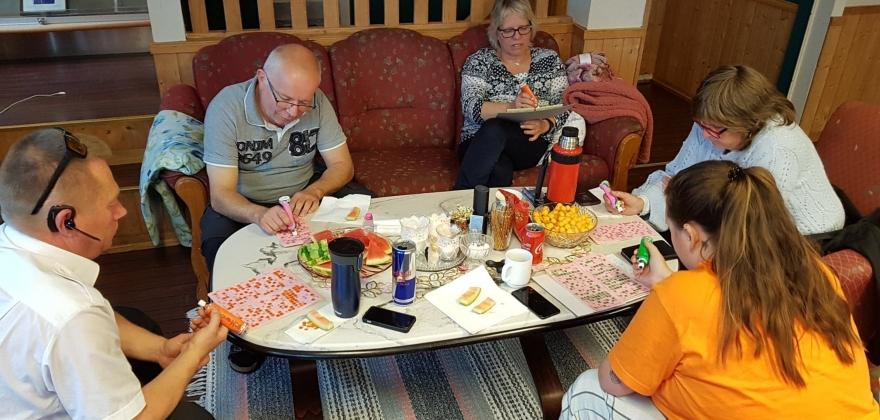 Radiobingo gjør sommeren ekstra morsom i Honningsvåg