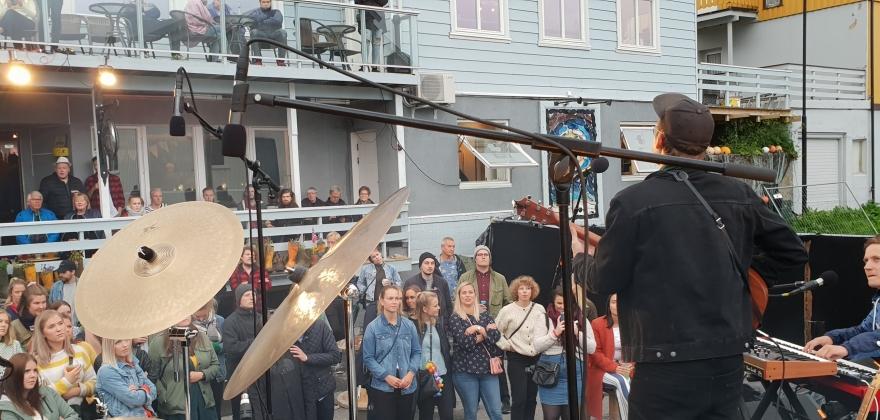 Inge Bremnes er én av artistene som kommer til Honningsvåg