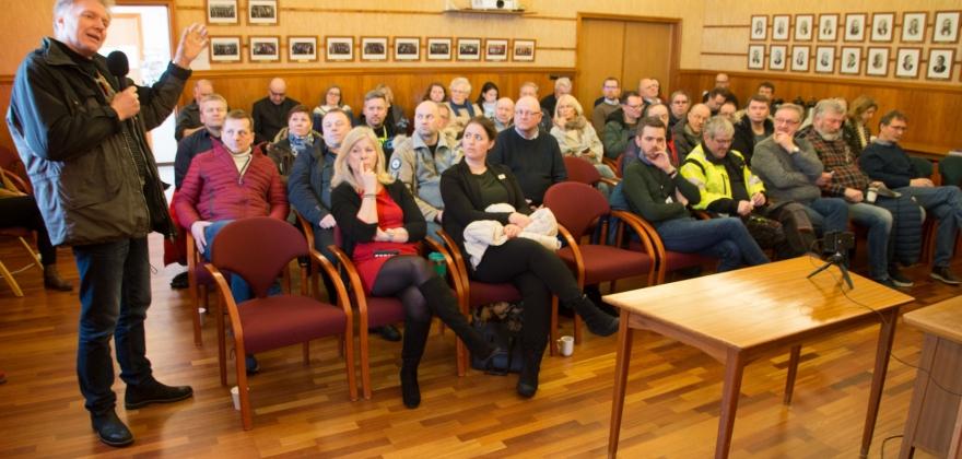Kan bli skip til skip omlasting på Sarnesfjorden