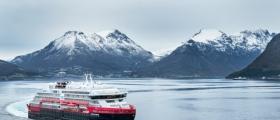 Hurtigrutens nye hybridskip ankommer Honningsvåg i april