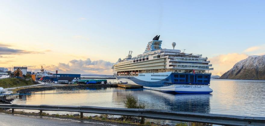 Cruiseskip anløp - bildeserie