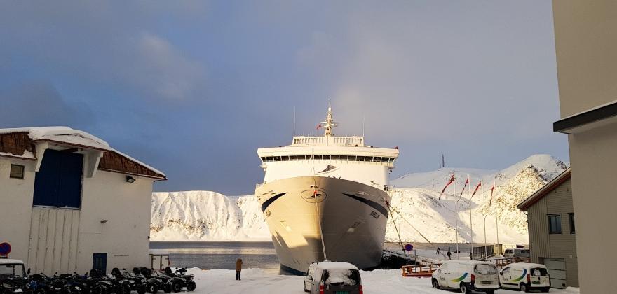 Årets første cruiseskip