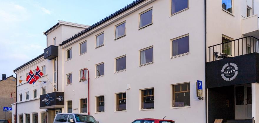 Skal selge Arctic Hotel