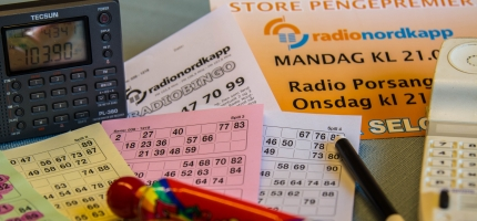 Giske spør på nytt om digitale bingoblokker