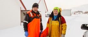 To fiskere berget etter at båten sank nord for Skarsvåg