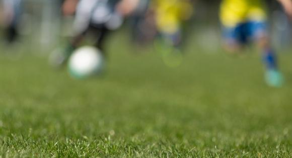 Trekker fotballag på grunn av vær- og føreforhold