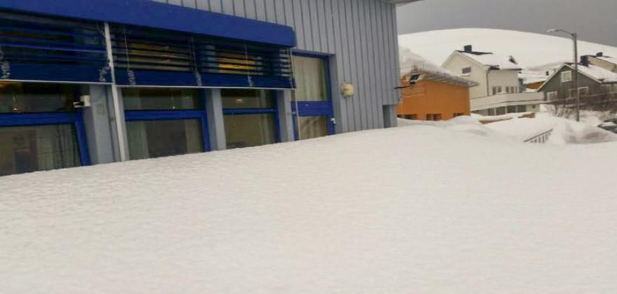 Vågenstua under snøen