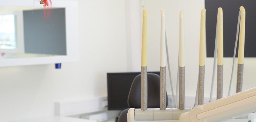 To tannleger på plass i Honningsvåg i løpet av måneden