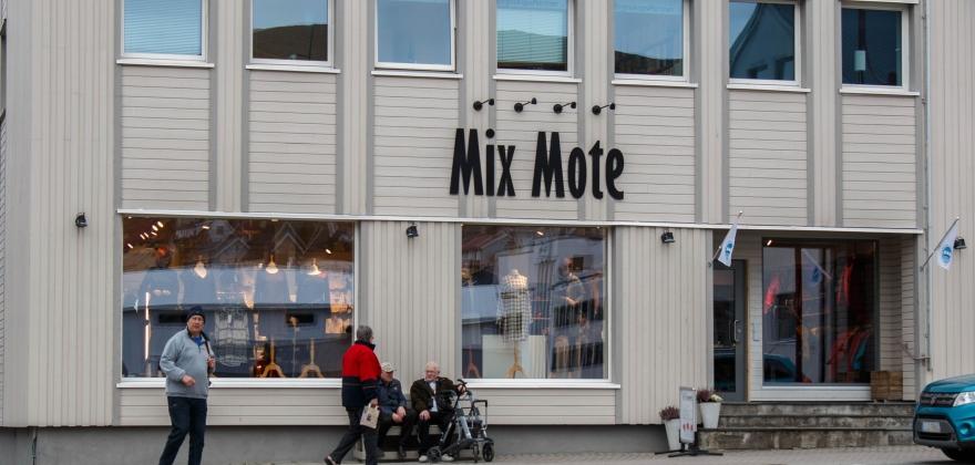 Utvidet åpningstid på torsdager i Honningsvåg kan bli avviklet