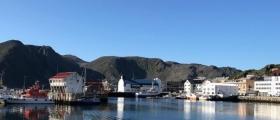 Nødraketter i Honningsvåg havn