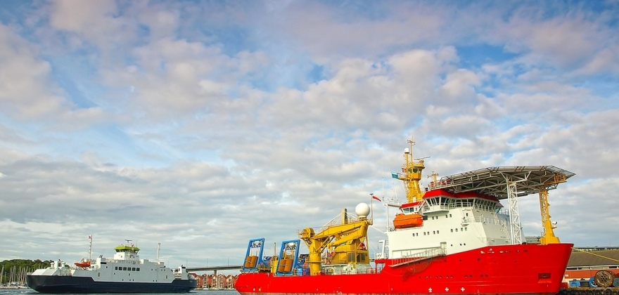 Åpen for samarbeid, men vil forvalte egne havner