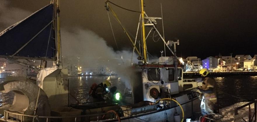 Båtbrann i Honningsvåg