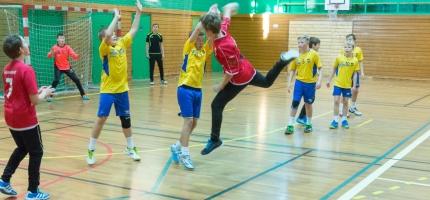 Håndballhelg i Honningsvåg – se bildene