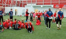 Arrangerte Tine Fotballskole i Honningsv�g