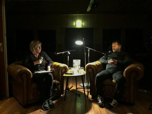 !Torill Olsen (tv) og Jon Rønningen.